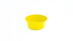 "alt=""yellow plastic plate"""